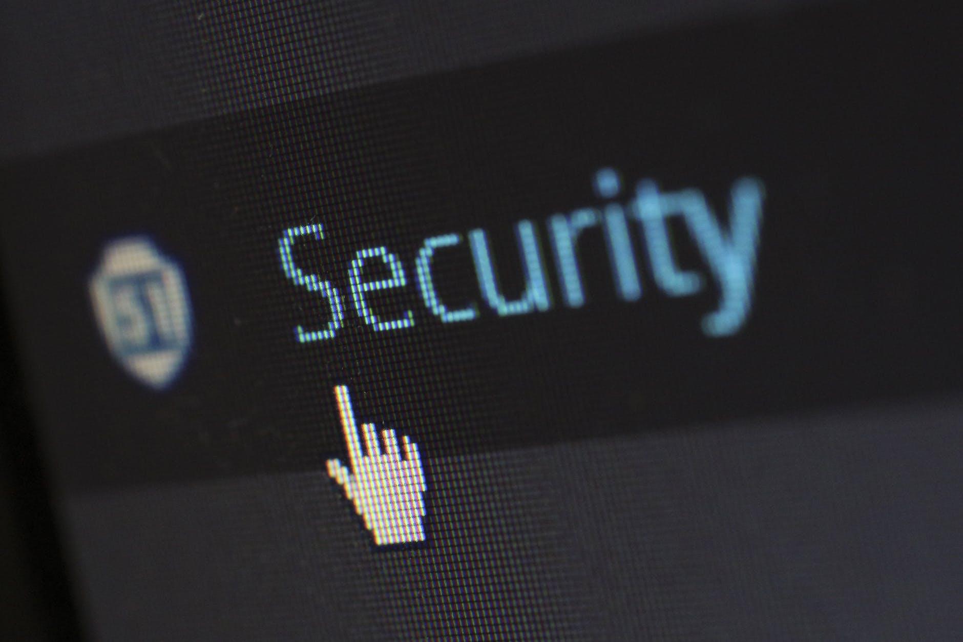 أفضل 10 تطبيقات حماية الهاتف الجوال اندرويد و الايفون مجانية وقوية